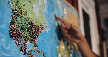 Testez le développement à l'international depuis chez vous