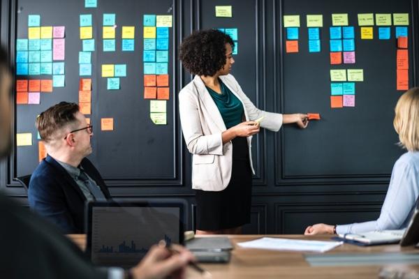 débat Marketing interne ou agence marketing