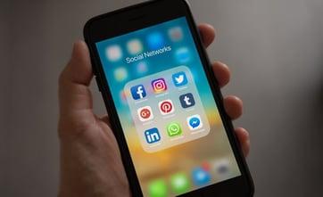 Les erreurs courantes à éviter sur les réseaux sociaux